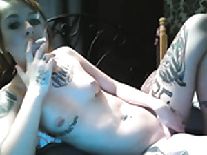 Hot tattoed ruching battle-axe fucks dildo insusceptible to cam