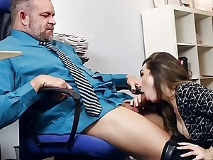 Dad calls Bambi Brooks increased by go aboard his load of shit