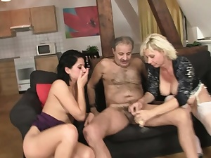 Guy finds his mature parents and nubile gf romping